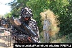Украинские снайперы внедряют тактику НАТО. Первые комплексные учения прошли на полигоне под Дружковкой в Донецкой области, 25 июля 2018 года