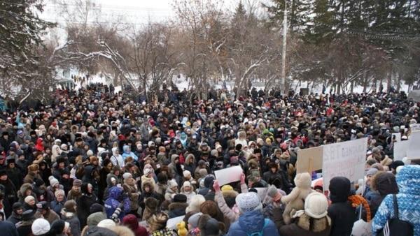 На акции в поддержку томского ТВ-2 в 2014 году выходили сотни человек