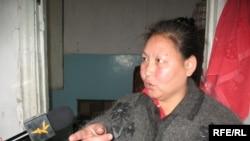 Жатақхана тұрғыны Мейіргүл Саттарова. Алматы, 24 қазан 2008 ж.