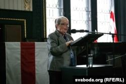 Івонка Сурвіла падчас сьвяткаваньня 100 год БНР у Празе