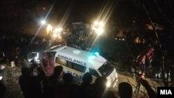 Autobus s 50 putnika sletio sa cestu Skopje-Tetovo