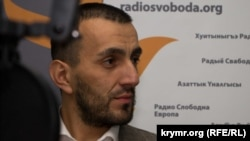 Наріман Устаєв