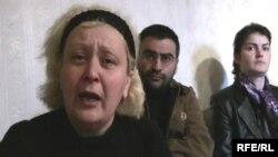 Ոստիկանությունում մահացած Վահան Խալաֆյանի մայրը` Անահիտ Խալաֆյանը: