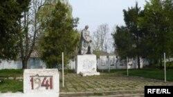 Monumentul armatei sovietice de la Chişinău