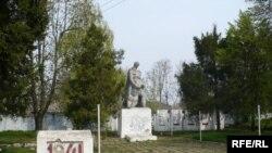Monumentul ostașilor sovietici