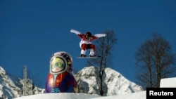 The men's slopestyle snowboarding event is already under way in Sochi. (file photo)