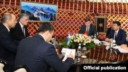 Встреча глав правительств в Оше.