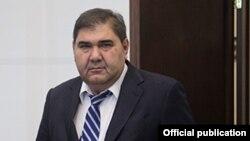 Элёр Ганиев.