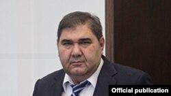 Эльёр Ганиев работал в составе правительства с 1997 года.
