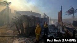 Выгоревший дом в городе Анахайм, округ Орандж, штат Калифорния, США, 9 октября 2017 год