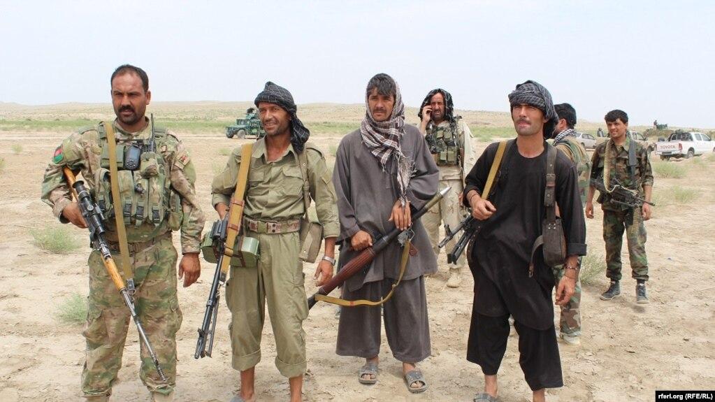 ګارډين: امريکا غواړي افغانستان کې نوې ملېشه رامنځته کړي