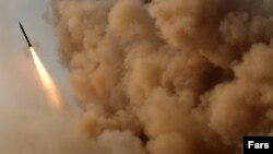 عکس از یکی از آزمایشهای موشکی ایران است