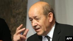 Ministri i Mbrojtës në Francë, Jean-Yves Le Drian
