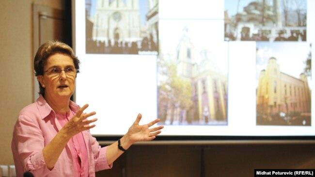 Profesorica Lamija Tanović pojašnjava da je Cezij vrlo reaktivan