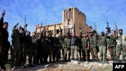 Սիրիա - Կառավարական բանակի զինվորականները վերացրել են Հալեպի նահանգում գտնվող Քվեյրիս օդային ռազմակայանի շրջափակումը, 11-ը նոյեմբերի, 2015թ․
