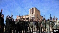 Pjesëtarët e ushtrisë së Sirisë