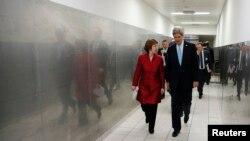 John Kerry dhe Catherine Ashton