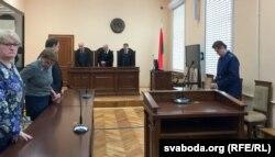 Вярхоўны Суд разглядае апэляцыю па крымінальнай справе былога вучня сталічнай гімназіі № 74 Даната Скакуна. 19 верасьня 2017 году