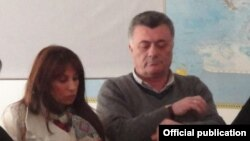 Члены парламентской фракции «Наследия» Рубен Акопян и Заруи Постанджян