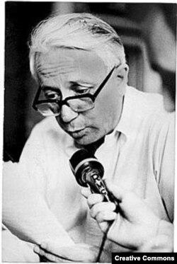Итальянский журналист Энцо Бьяджи (фото 1976 года)