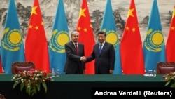 Касым-Жомарт Токаев во время встречи с лидером Китая Си Цзиньпином. Пекин, 11 сентября 2019 года.