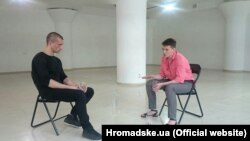 Петр Павленский и Надежда Савченко во время встречи в Киеве 18 июня, фото: Hromadske.ua