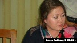 Правозащитник и руководитель общественного фонда «Заман» Асель Нургазиева, баллотировавшаяся в депутаты маслихата Атырауской области и снятая с предвыборной гонки.
