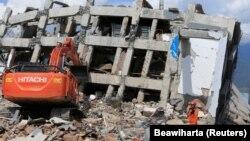 Рятувальникам поки що не вдається дістатися у деякі постраждалі райони, тому місцева влада побоюється, що число загиблих може зрости