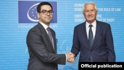 France -- Council of Europe Secretary General Thorbjorn Jagland (R) meets with Armenian Justice Minister Rustam Badasian, Strasbourg, July 2, 2019.