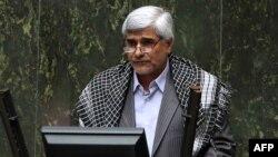 Мохамад Фархади.