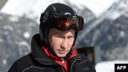 Ресей президенті олимпиада нысандарын тексеріп жүр. Сочи, 3 қаңтар 2014 жыл.