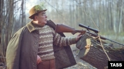Soviet leader Leonid Brezhnev hunting in Ukraine in November 1973.