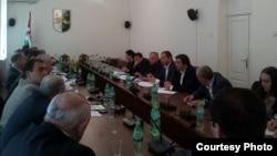 Депутаты рассмотрели сегодня два проекта поправок в Конституцию Абхазии