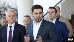 Министерот Крешник Бектеши