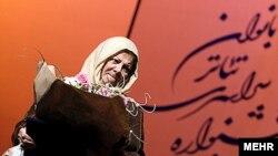 نام مهین شهابی، پس از انقلاب با بازی در مجموعه تلویزیونی «آینه» که یکی از محبوبترین سریالهای دهه شصت تلویزیون ایران بود، بیش از پیش ماندگار شد.