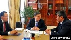 30-январда премьер-министр Жантөрө Сатыбалдиев Мелис Мырзакматовду Ош мэринин милдетин аткаруу кылып дайындады.