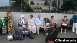 Паломники в аэропорту Симферополя