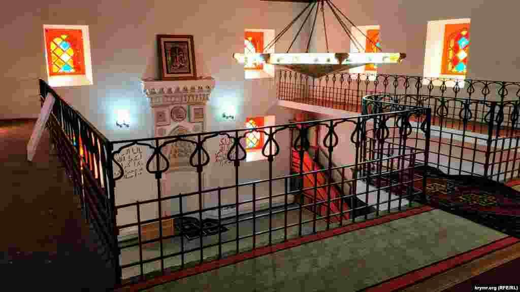 Інтер'єр мечеті Коккоз-Джамі