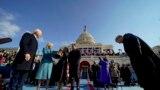 Noul președinte al Statelor Unite, Joe Biden (stânga), prima doamnă Jill Biden, fiul președintelui Hunter Biden și fiica Ashley Biden la ceremonia de inaugurare