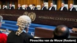 نمایی از یک نشست پیشین دیوان بینالمللی دادگستری درباره دعوای حقوقی بین ایران و آمریکا