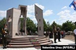 Monumentul în amintirea războiului din 1992 la Cocieri