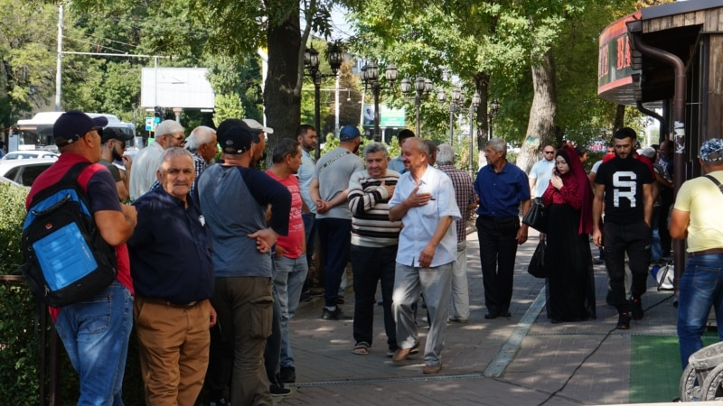 Russian Court Sentences Seven Crimean Tatars To Lengthy Prison Terms