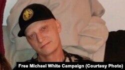 مایکل وایت افسر پیشین نیروی بحری ایالات متحده امریکا