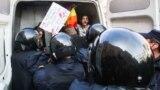 Actviști pentru drepturile minorității LGBT arestați în Rusia