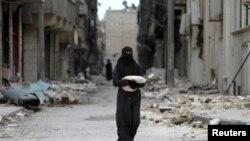 Урандылардын арасындагы келин. Сирия.