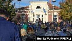Ilić: 'Pritisak koji nije lako izdržati' (Foto: sa radničkog okupljanja zbog smene direktora 2014. godine)