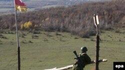 Южная Осетия – одна из самых закрытых для иностранцев стран в мире: свободно сюда могут въезжать только граждане России, и то при условии, что их не внесли в черный список
