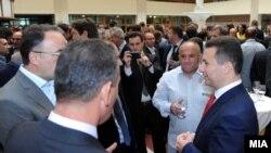 Премиерот Никола Груевски на средба со бизнис заедницата и стопанските комори. .