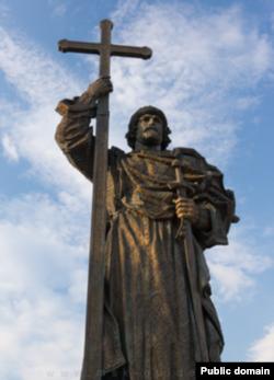 Памятник Владимиру в Москве
