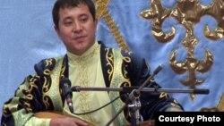 Айтыскер ақын Мақсат Аханов. Қарауыл ауылы, Шығыс Қазақстан облысы, 15 қыркүйек 2011 ж.